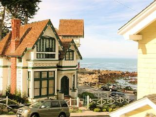 3119 Yellow House Guest ~ Almost Oceanfront, Ocean Views, Sounds of the Sea, Pacific Grove