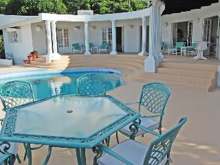 TOP OF THE WORLD - 2 bedroom apt with private pool, Castries