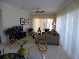 Elegantly-decorated 3-bdrm/3 full and 2 half baths; TV in every bedroom, dishwasher, refreshing breeze from the terrace every day; 11,000 gal kidney-shaped pool with a fabulous view. Families and Couples only.(719), Cabarete