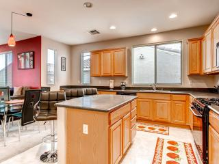 Beautiful home just miles from the strip, Las Vegas