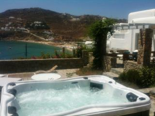 4  Bedroom Private House Bythe Beach With Sea View -(Up To 8 Guests), Kalo Livadi