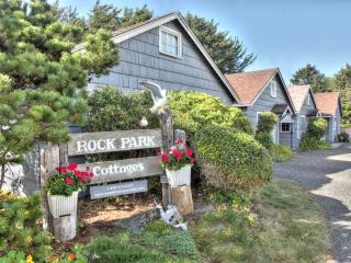 Yachats Historic Rock Park Compound SLEEPS 38!