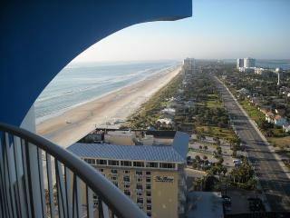 Almost the penthouse with spectacular Ocean and River views!, Daytona Beach