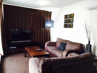 Premium 2 Bedroom Apartment with Ocean View Unit 29 Level 5, Surfers Paradise