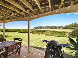 Beachfront Delight - 14b Bareena Ave (downstairs), Avoca Beach
