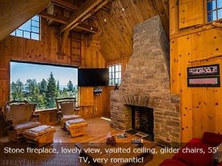 Honeymoon Ski Cabin Lake Tahoe Sleeps 6 (SL340), Stateline