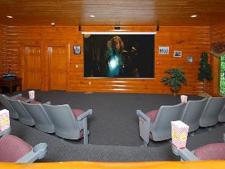 Movie Room Lodge, Sevierville