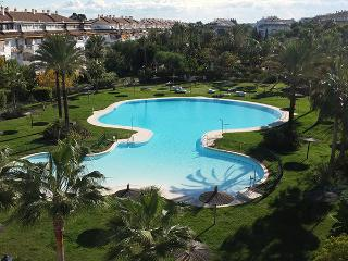Great value penthouse in Puerto Banus