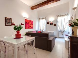 Bright Red Suite Apartment Rental in Florence