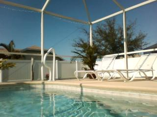 3 bedroom pool home, Cape Coral