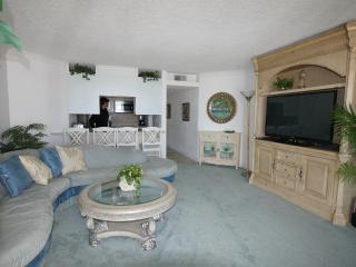 Beautiful ocean front condo, Ocean City