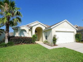 Relaxing 3BR w/ pool and golf access - LBD431, Davenport