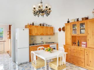 Casa Giuseppe, Affordable and comfortable Apt, Sant'Agnello