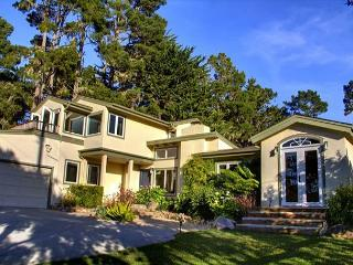 3397 Pacific Whispers ~ Luxurious, Designer Decor, Near Golf & Ocean, Pebble Beach