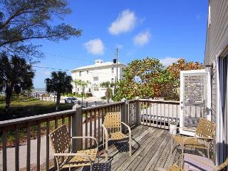 Mango Cottage, Gulf Views, 2 Bedrooms, Fort Myers Beach