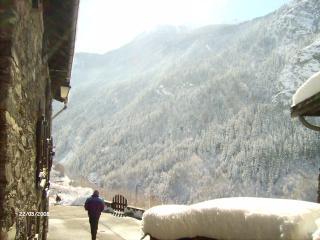 Ski high and sure in Orelle - 3 Valleys