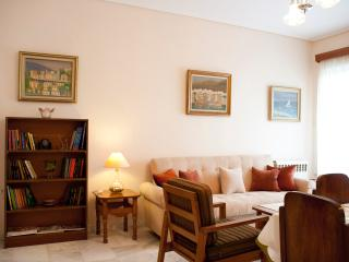 A Homely 1Bdr Apt 350m from Beach, Paleo Faliro