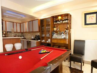 Beautiful 4-Bdrm House in Athens, Marousi