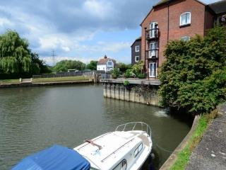 Riverside Apartment, Sandford-on-Thames