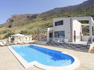 VILLA DANIELA with pool up to 5 people, Scopello