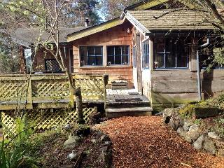 Westcott Woods - A San Juan Island Waterview Cabin, Friday Harbor