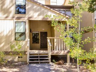 Awesome location near Northstar, beaches, casinos, and more!, Kings Beach