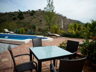 Finca Duende - fantastic holiday home with private pool, Malaga