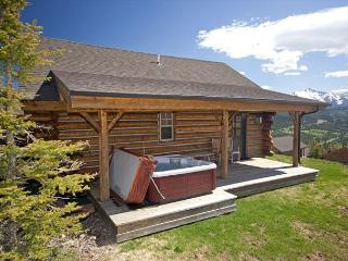 Cozy Cabin with Private Hot Tub: Ski-In/Out in Winter, Yellowstone in Summer, Big Sky