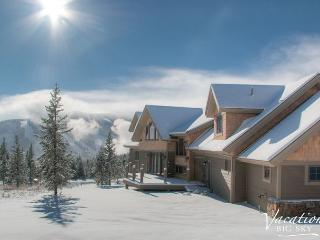 Spectacular New 6BD Home: Mountain Views, Hot Tub, Sauna, Game Room and More!, Big Sky