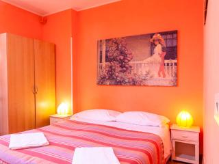 Amistad house Rome, 3 bedrooms apartment.