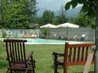 Natale - pool and walking distance of restaurant!, Pieve Fosciana
