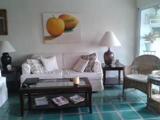 Charming CONDO with VIEW in ROMANTIC ZONE - A GEM!, Puerto Vallarta
