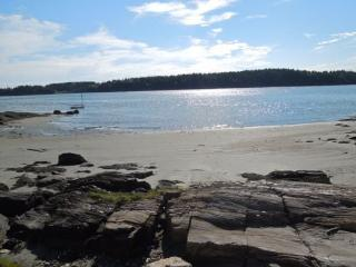 BLACKBERRY COVE COTTAGE | INDIAN POINT | GEORGETOWN |PRIVATE BEACH FRONT | SHALLOW WATER | A-FRAME HOME | INCREDIBLE VIEWS & LOCATION, Georgetown