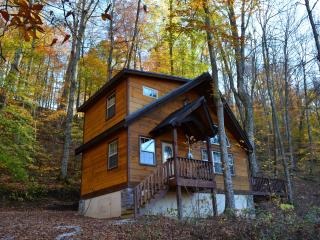 Fireside, Luxurious cabin in the Red River Gorge!, Slade