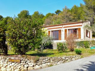 Typical Provencal house in a quiet environment, Tourrettes-sur-Loup