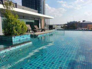 Sixty Six Condo, Beach rd. Pattaya