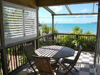 Beachfront Beauty, Oneroa