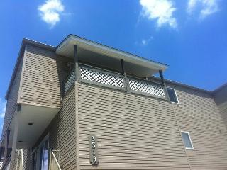 Furnished Two Story Condo, Kenner