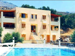 Phoenix Apartments, Plakias