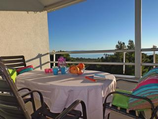 MODERN APT. FOR 4 WITH GREAT SEA VIEW!, Baska Voda