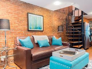 Historic Fells Point-Charming Brick Home-1 Block, Baltimore