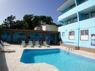 Vista del Mar Apts -Affordable-Sandy Beach Area, Rincon