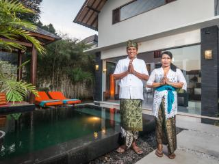 THE ENTIRE VILLA  PERFECT FOR A ROMANTIC GET AWAY, Jimbaran
