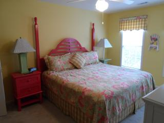 Best Deal for 2 Bedroom Vacation Home with WiFi, Pool, Tennis Court, Myrtle Beach