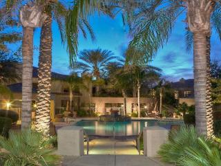 Luxurious Home with the Amenities of a Resort, Scottsdale