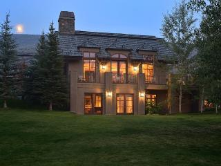Morningstar Road # 715 - Elkhorn - Elegant four bedroom house with central air conditioning, Ketchum