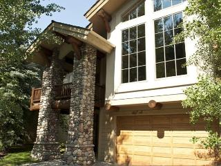 Wood River Drive 467A Central Park West - Beautiful Townhome with Central Air Conditioning, Ketchum