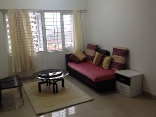 Independent 2 Bedroom Apt all Yours, Mumbai (Bombay)