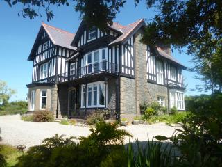 Snowdonia Coastal View Country House Apartment, Llanbedr