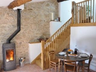 The Loft - Boutique Gîte with Private Terrace, Fosse